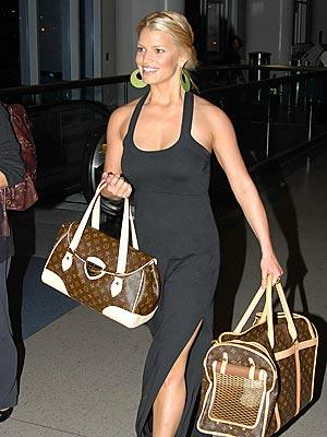 jessica-simpson-with-2-louis-vuitton-purses a7fdfd05a7ddb